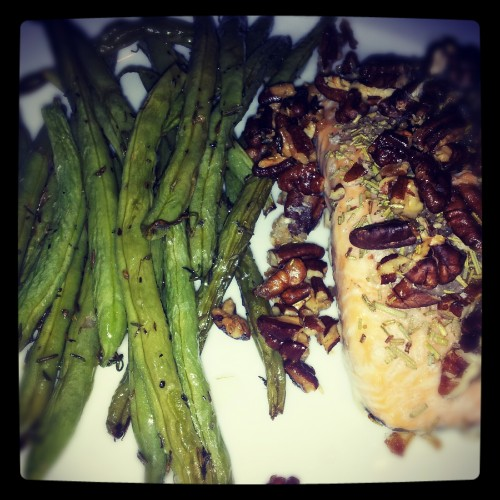 Roasted green beans with thymes & grilled salmon with rosemary and pecans yum yum!