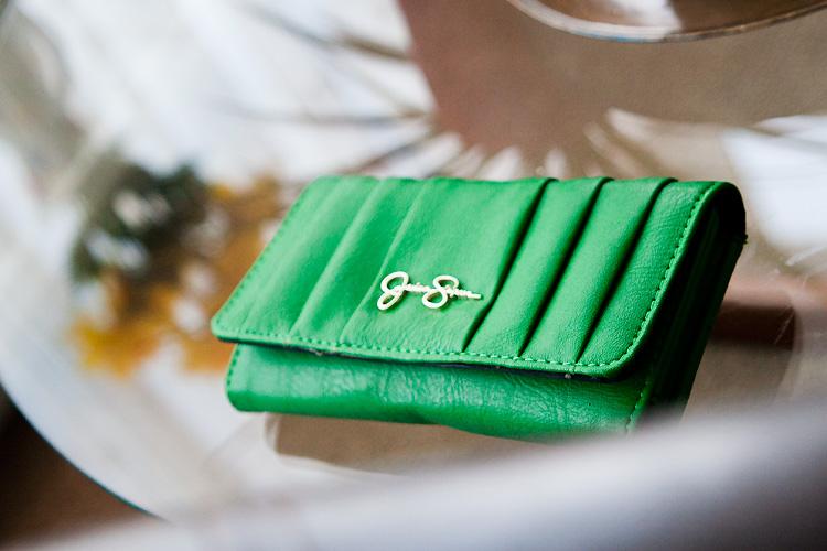 New wallet – green, mean money machine